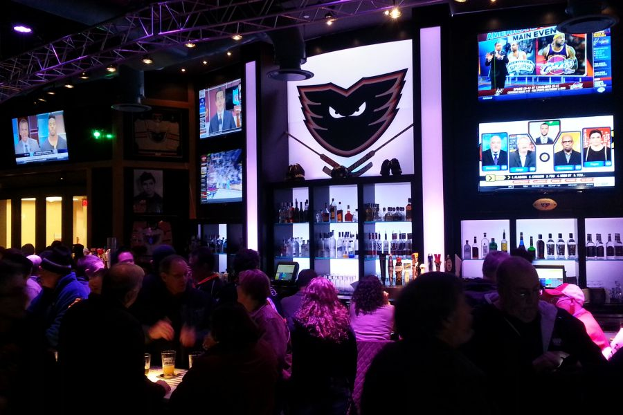 Chickie's and Pete's at PPL Center Features Modern HD over IP Video Distribution